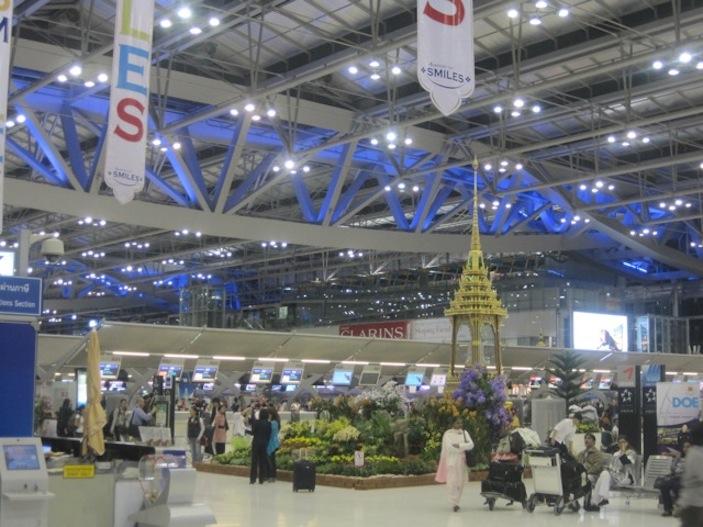 Bangkok Airport--Full of Smiles